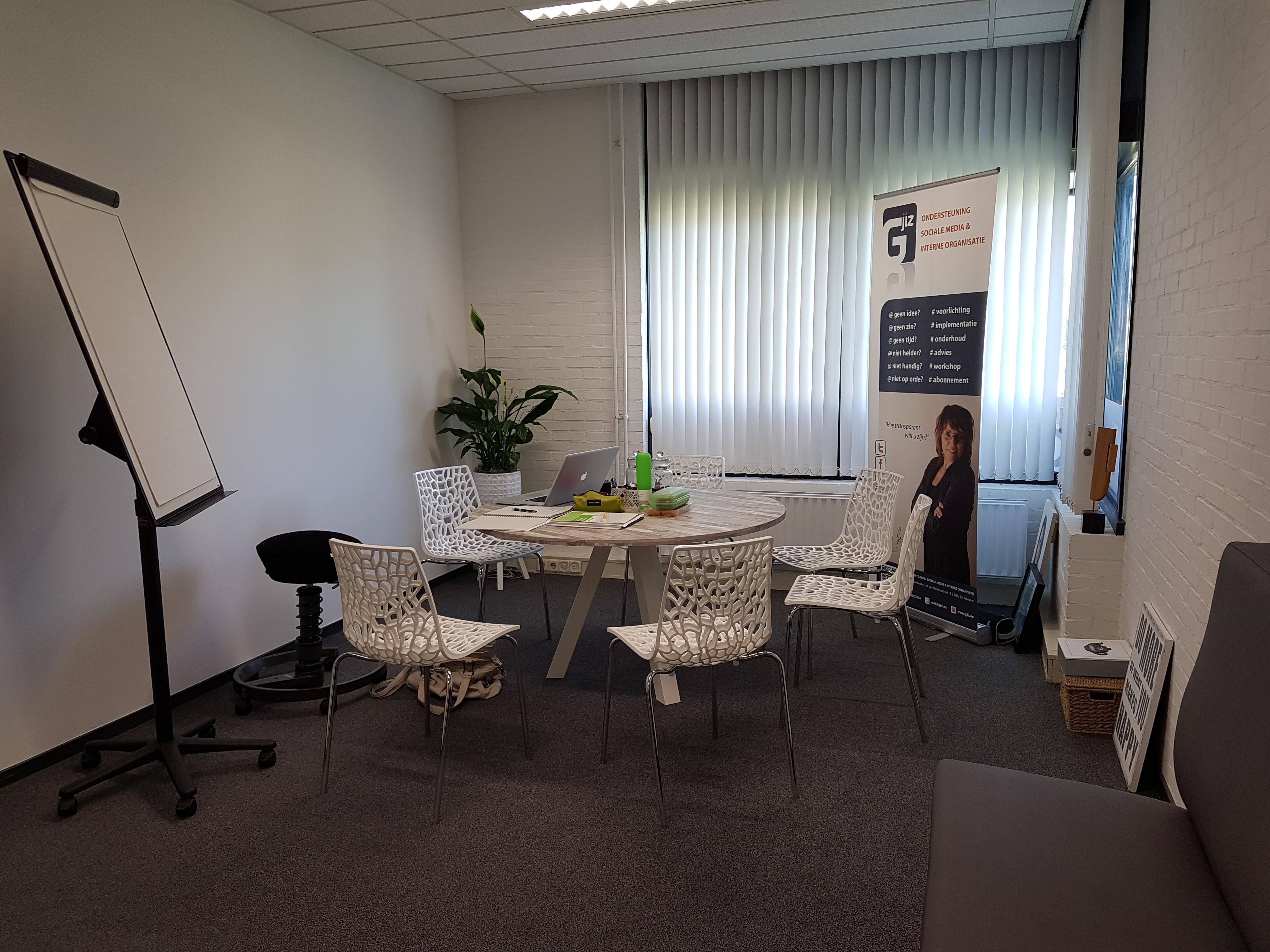 Het sociale media spreekuur vindt plaats in het kantoor van GJIZ